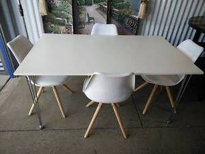 BRAND NEW 5 Piece Retro Style Dining Table Chrome Legs Klemzig Port Adelaide Area Preview