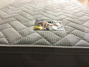 Firm queen size mattress Narraweena Manly Area Preview