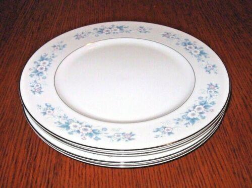 Set of 4 Carlton Dinner Plates Made In Japan Carla 506