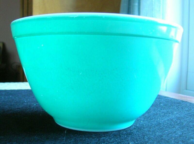 Vintage Pyrex Bowl #401 Aqua, Turquoise,Robin