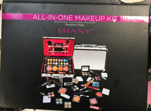 SHANY Carry All Makeup Train Case with Pro Makeup and Reusab