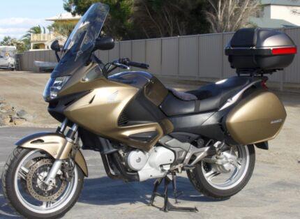 Honda NT700 Deauville