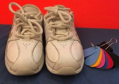 NIKE CHEER SHOES EUC white Size Youth 12.5 ca49b76cf