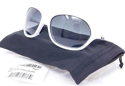 5f89d5fe47 Oakley WARM UP Sunglasses OO9176-05 White  Black to Grey Gradient lenses   SAMPLE