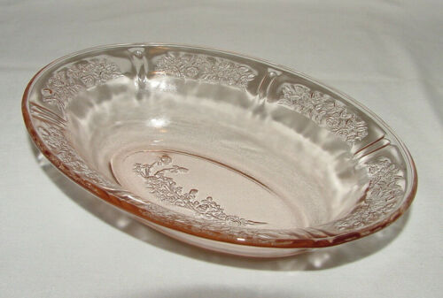 """IMMACULATE Vintage Pink Federal """"SHARON/CABBAGE ROSE"""" Oval Veggie Bowl!"""