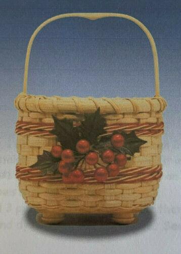 Basket Weaving Pattern Christmas 2007 by Debbie Hurd