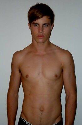 Shirtless Male Muscular Gym Jock Handsome Hunk Beefcake Frat Dude PHOTO 4X6 F745