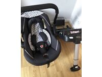 Silver Cross Ventura baby carrier car seat and isofix base