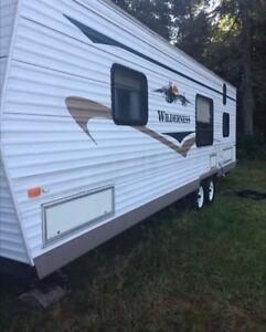 2004 wilderness travel trailer