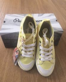 PEPE JEANS SNEAKERS Size 37 (yellow) new