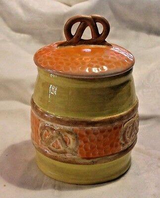 ** Nice Vintage Ceramic Pretzel Cookie Jar RARE (G)