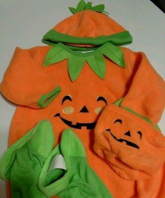 Halloween Costume for Baby Grand Pumpkin 12 Mos NWT w/Adorable & Fun Cap & Bag
