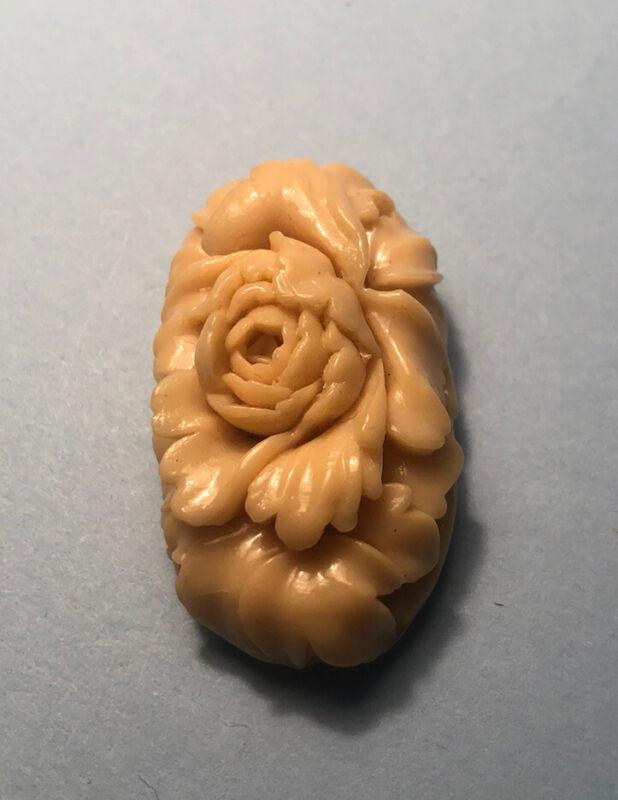 Carved Bakelite Cream Flower Vintage Dress Shoe Clip