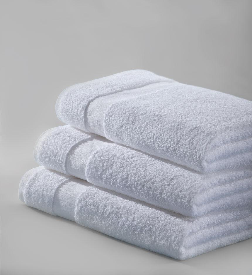 6 new white pure cotton 22x44  hotel motel bath towels health gym tanning salon