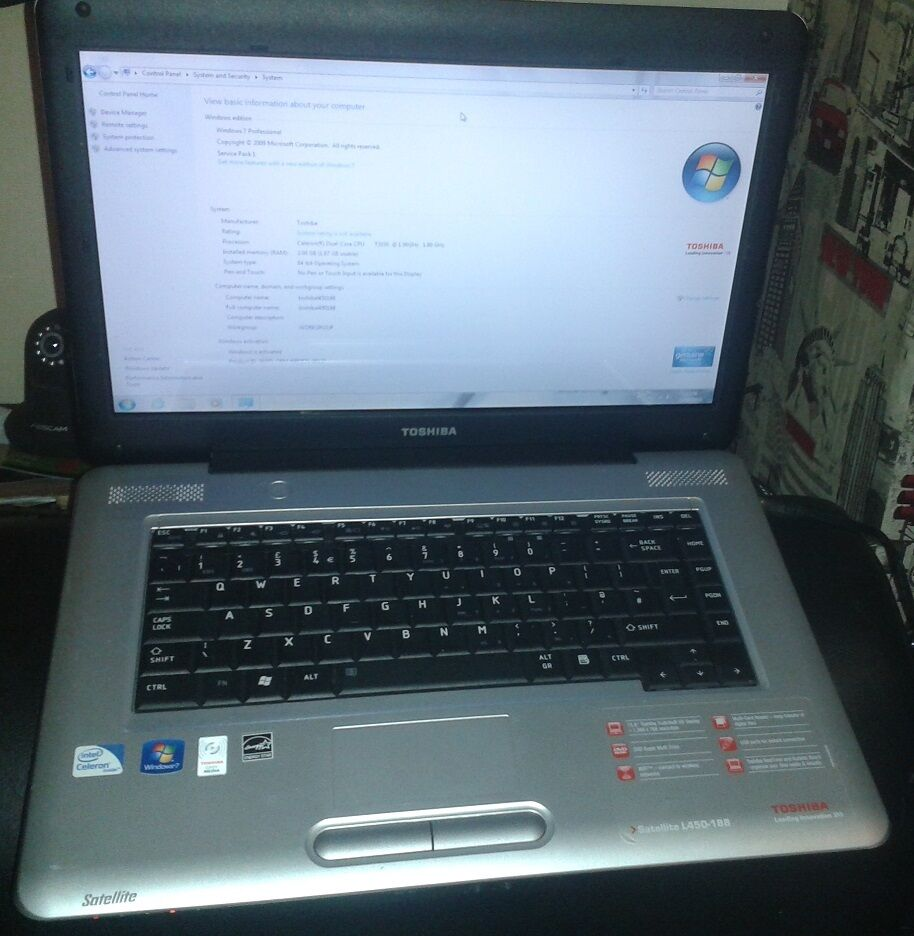 Toshiba Satellite L450-188 wit...