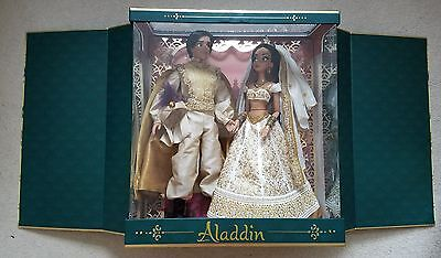 Disney Store Aladdin and Jasmine Limited Edition Platinum Wedding Dolls Set
