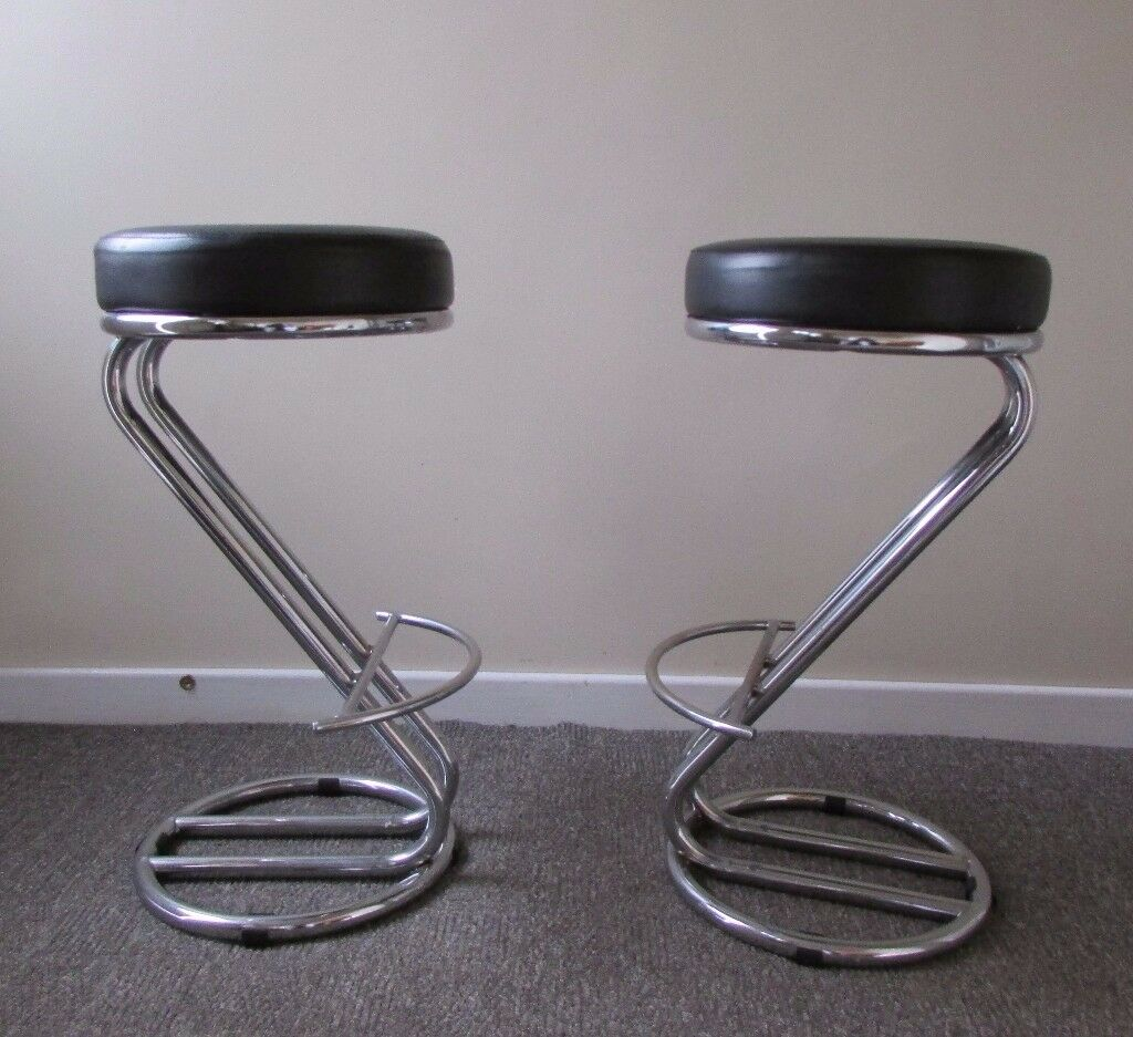Set of 2 Zed Italian Breakfast Bar Stools leather Black Dining room foam padded seat FREE DELIVERY