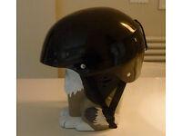ski/snowboard helmet medium