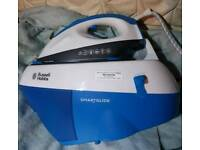 Russell Hobbs Smartglide Steam Iron
