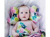La Millou Angel's Wings: Baby's head and neck support pillow polar bears/dusty rose FREE DELIVERY