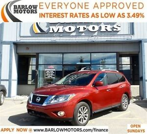 2014 Nissan Pathfinder SV*EVERYONE APPROVED* APPLY NOW DRIVE NOW