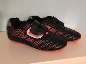 Soccer Cleats - youth size 1