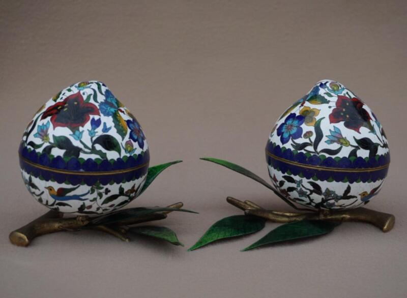 A Chinese Cloisonné/Enamel Pair of Peach Boxes with Lids