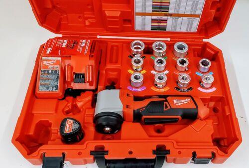 Milwaukee 2435CU-21 M12 Cable Stripper Kit for CU THHN/XHHW