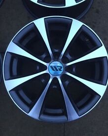 4 15 inch Ripspeed alloy wheels