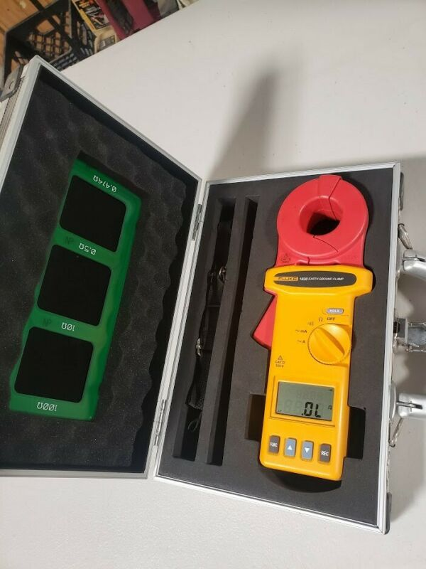 Fluke 1630 Ground Resistance Meter