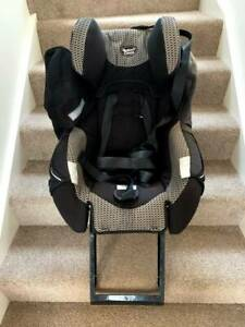 Mother's choice infant car seat (forward and reverse facing)
