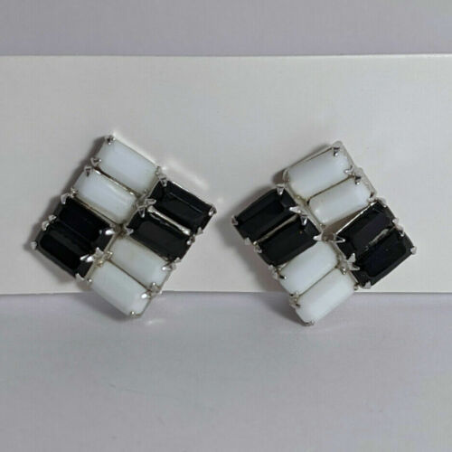 Vintage Signed WEISS Black White Milk Glass Baguette Checkered Clip On Earrings