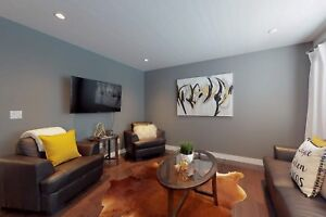 Beautifully Renovated 3 Bedroom townhouse in Secord Corners