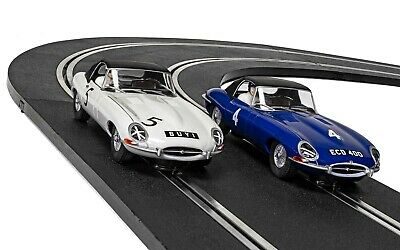 SCALEXTRIC® JAGUAR E-TYPE FIRST RACE WIN 1961 TWIN PACK LIMITED EDITION C4062A