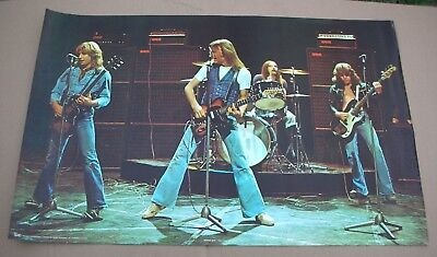 STATUS QUO Rockin' All Over The World Era Vintage Live Shot Poster 1977 USA M-