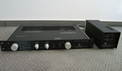 COUNTERPOINT SA-5 Tube Preamplifier with Sa-5 Tube Power Supply.