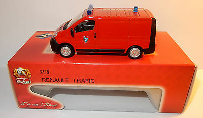 SOLIDO MADE IN FRANCE 2000 RENAULT TRAFIC SAPEURS POMPIERS SD18 1/50 BOX 2179