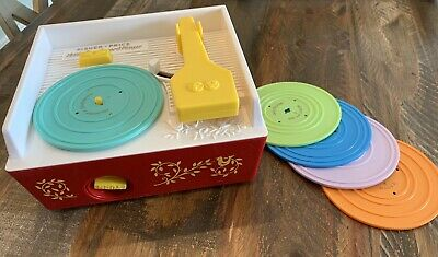 Vintage Fisher Price Record Player Music Box Good condition Works5 Records
