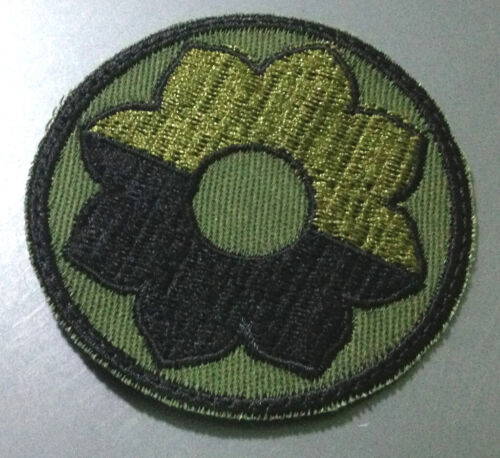Vietnam Era US Army 9th Infantry Division OD Cut Edge Patch 1966~1975