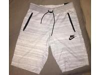 Brand New Nike Men's Knitted Shorts White Size M