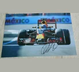 Daniel Ricciardo hand signed photo 12x8 with Coa