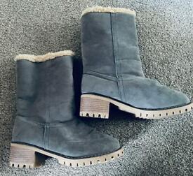 Ladies grey boots