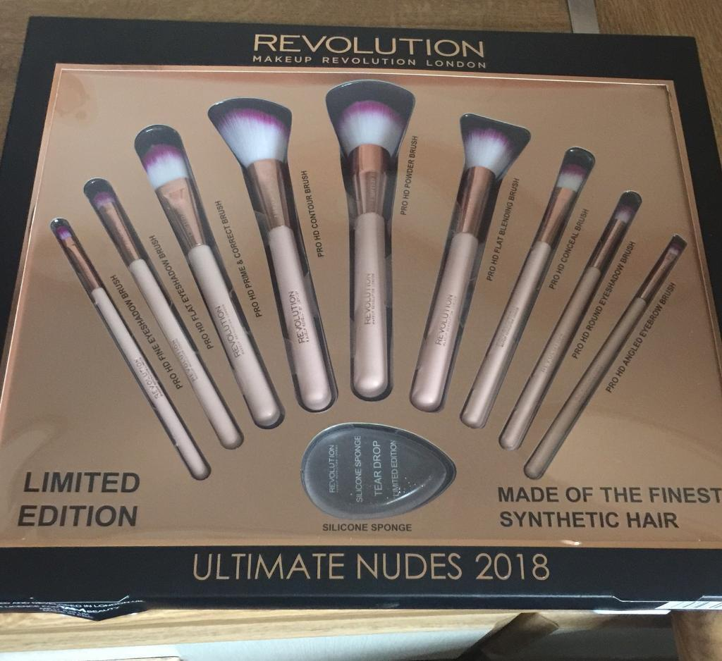 Flex brushes makeup revolution