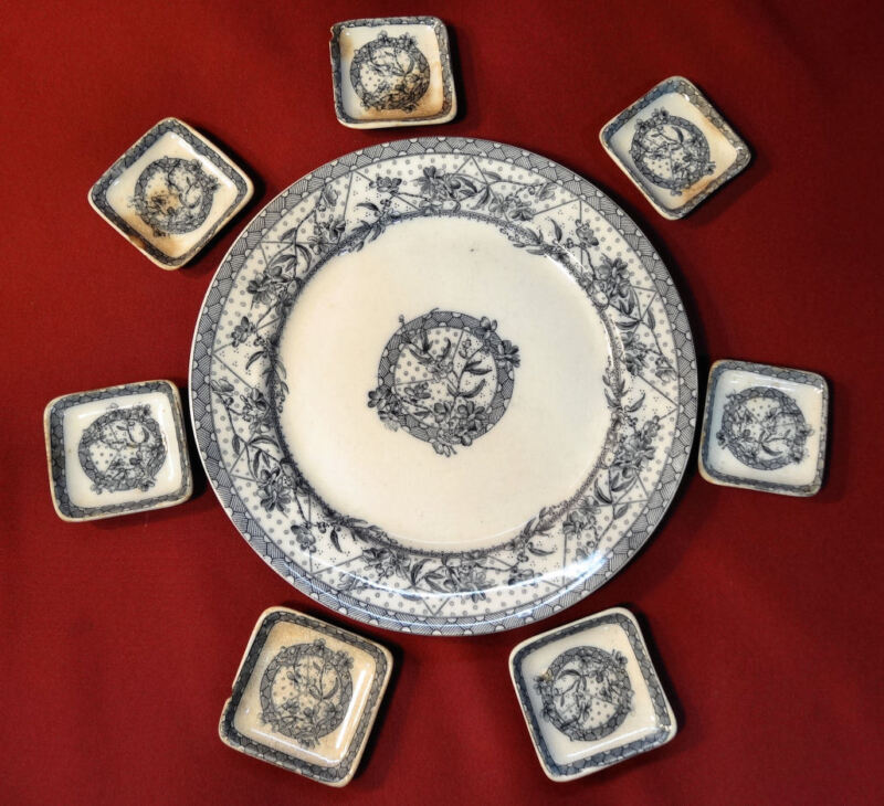 """WH Grindley Tunstall Rd 69160 MALTA 9 5/8"""" Dinner Plate & Butter Pats"""
