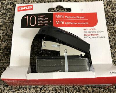 Staples Mini Magnetic Stapler With 800 Standard Staples. New In Packaging Black