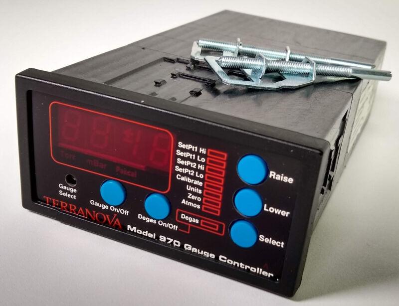 Terranova Model 970 Vacuum Gauge Controller Duniway