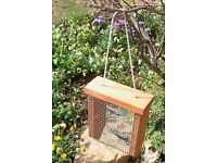 Free Hanging bird feeder - Compton