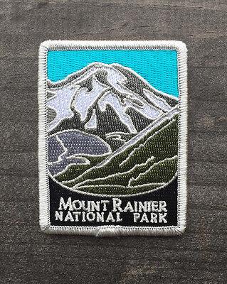 Mount Rainier National Park Souvenir Patch Traveler Series Iron-on Washington