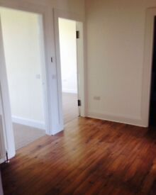Large 2 bed flat to rent in Greenock