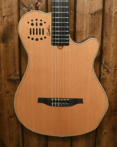 Godin Multiac Grand Concert SA Natural Acoustic Electric With Hardshell Case 214